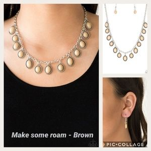 Make some roam brown necklace